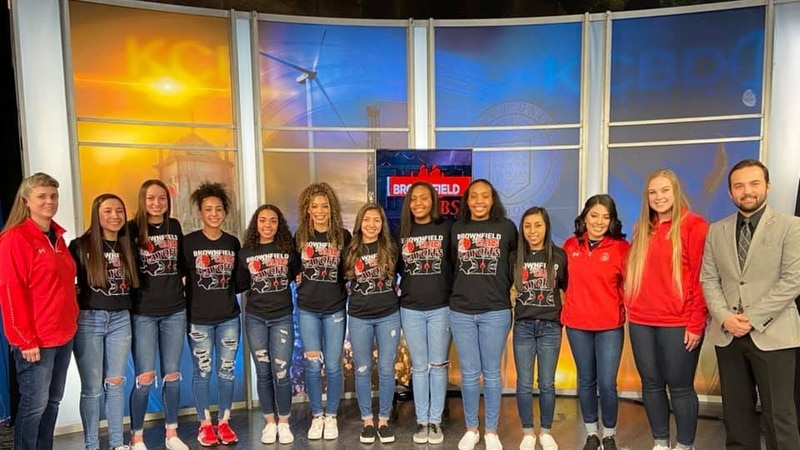 """The Lady Cubs upset No. 4 Wall in the area round of the playoffs, and have now beaten 3 """"Top..."""