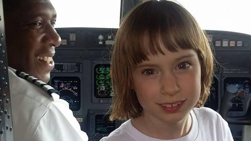 Lauren McIntire on her first-ever flight (Source: Angela Fairman, mother)