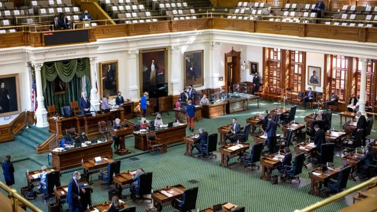 """The bill states that the Texas Public Utility Commission """"has all necessary authority"""" to order..."""