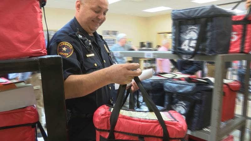 Multiple Lubbock area Law Enforcement Agencies deliver lunches for Meals on Wheels