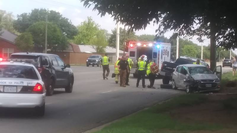 One person has moderate injuries, two others have minor injuries after a crash at 91st and...