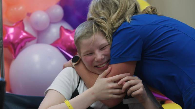 Kynlee White celebrates the end of chemotherapy