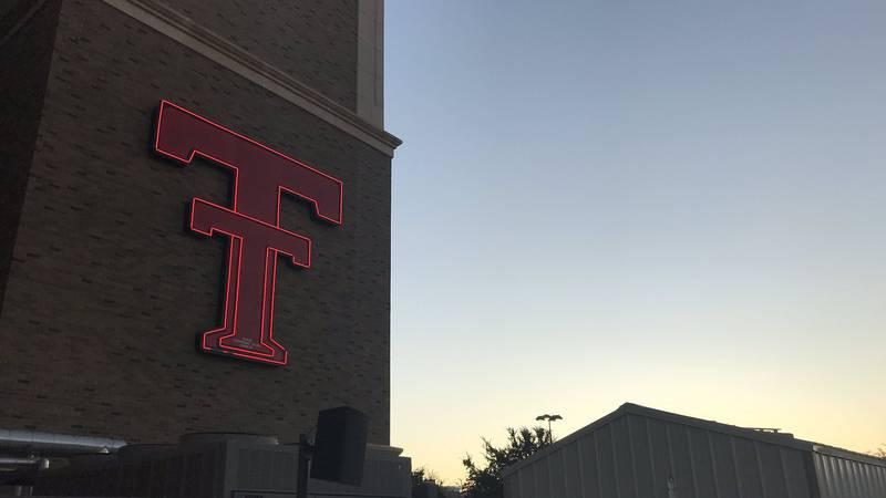 Jones AT&T Stadium. (Source: Devin Ward, KCBD)