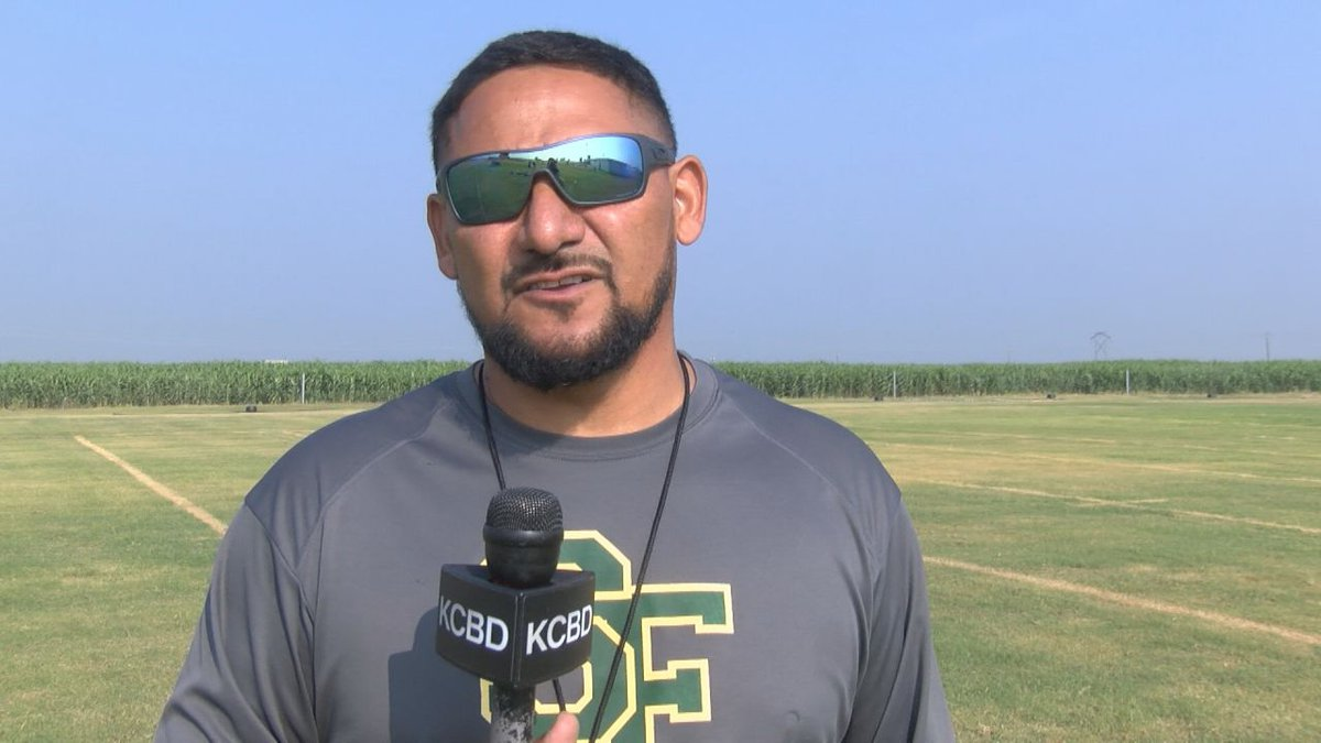 Pigskin Preview: Springlake-Earth Wolverines