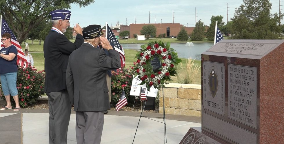 Wreath laying at Monument of courage