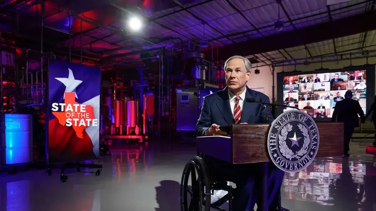 Gov. Greg Abbott prepares to deliver his State of the State speech at Visionary Fiber...