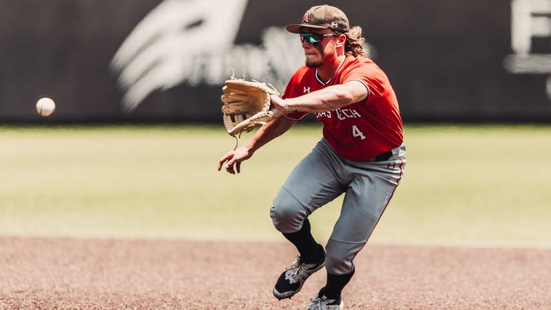 Stanford leading Texas Tech in Super Regional Game 2.
