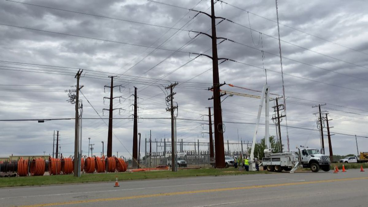 Lubbock Power & Light improves transmission lines ahead of a move to the ERCOT grid.