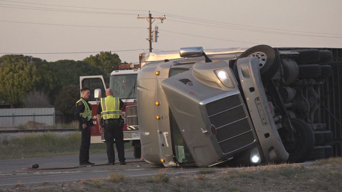 According to LPD, only one person with minor injuries has been reported, but drivers say...